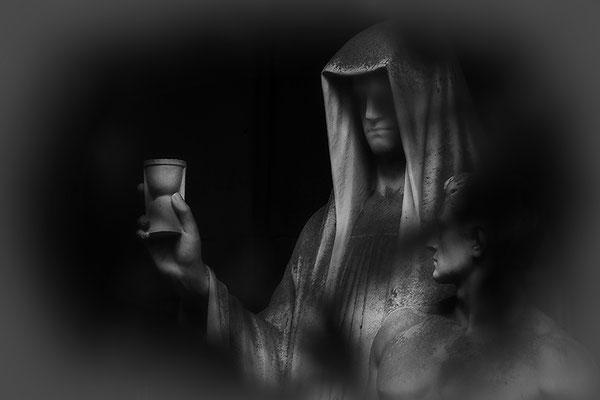 Die erfundene Zeit -  © Helga Jaramillo Arenas - Fotografie und Poesie / Mai 2021