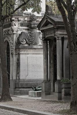 Der tragische Tod des Victor Noir (1) - © Helga Jaramillo Arenas - Fotografie und Poesie / November 2015