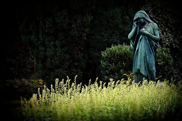 In Einsamkeit - © Helga Jaramillo Arenas - Fotografie und Poesie / Mai 2012
