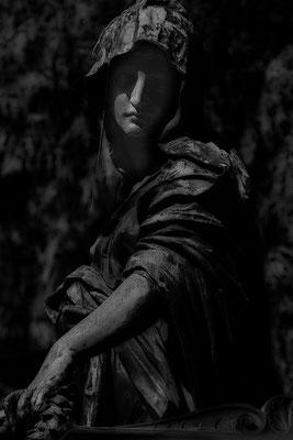 Keine Furcht vor der Dunkelheit - © Helga Jaramillo Arenas - Fotografie und Poesie / April 2020