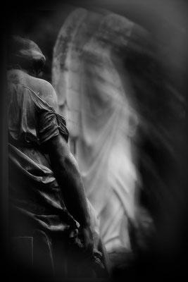 Der Beistand der Engel - © Helga Jaramillo Arenas - Fotografie und Poesie / November 2013