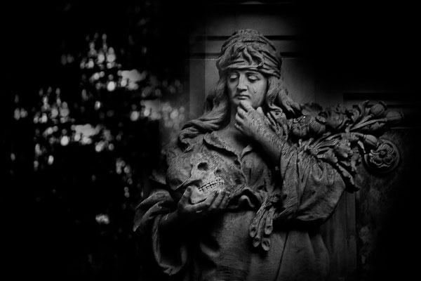 Abgründe - © Helga Jaramillo Arenas - Fotografie und Poesie  / August 2015