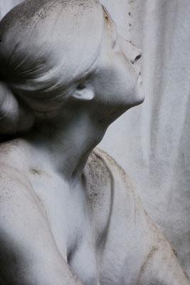 Die eine Frage ohne Antwort - © Helga Jaramillo Arenas - Fotografie und Poesie  / August 2015