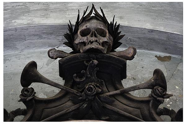 So ist der Tod - © Helga Jaramillo Arenas - Fotografie und Poesie / August 2012
