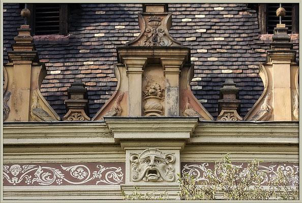 Den Schreck am Haus - © Helga Jaramillo Arenas - Fotografie und Poesie / Februar 2018