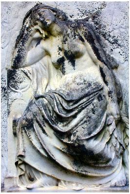 Ergeben - © Helga Jaramillo Arenas - Fotografie und Poesie / Mai 2015