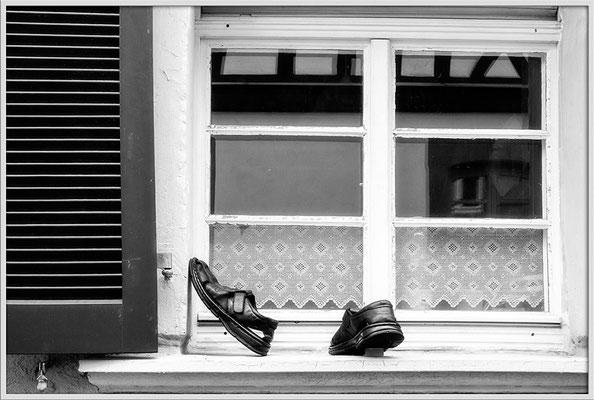 Als die Schuhe laufen lernten - © Helga Jaramillo Arenas - Fotografie und Poesie / Juli 2017