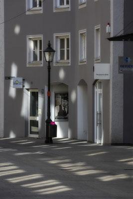 Im Lichterregen - © Helga Jaramillo Arenas - Fotografie und Poesie / April 2019