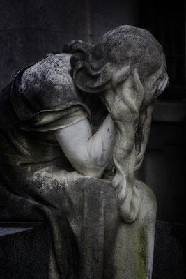 Wenn die Schatten greifen - © Helga Jaramillo Arenas - Fotografie und Poesie / Januar 2017