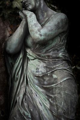 Schutzbefohlen - © Helga Jaramillo Arenas - Fotografie und Poesie  / Juni 2015