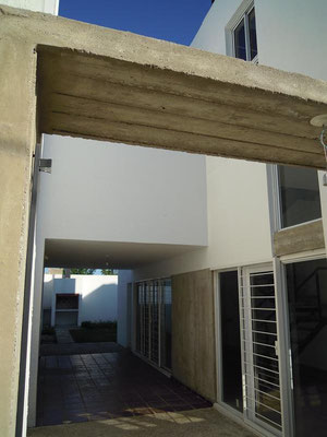 Portico duplex-  B° Quebrada de las Rosas