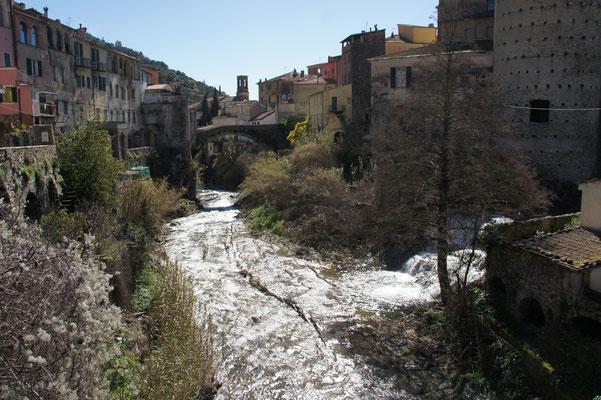 Dolcedo, Zusammenfluss von Prino und Rio del Bosco