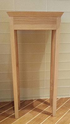 Petite console de salle de bain, frêne massif