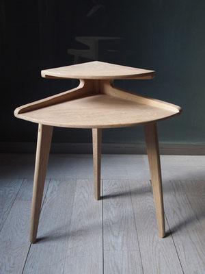 Table d'appoint en chêne massif