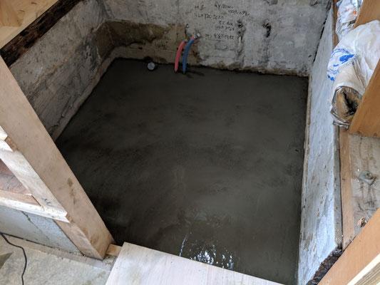 風呂土間コンクリート