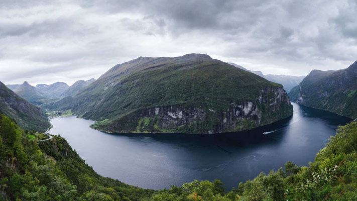 Sigma 14mm F1,8 Art | 14mm | F6,3 | 1/100s | ISO 200 | Geiranger