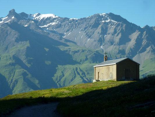 col du Mont-Cenis 2 083 m (AU BOUT DES PIEDS)