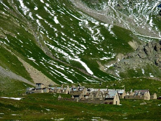 col de la Bonette 2 715 m (AU BOUT DES PIEDS)