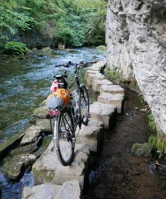 River Wye, Peak District (Au Bout des pieds)