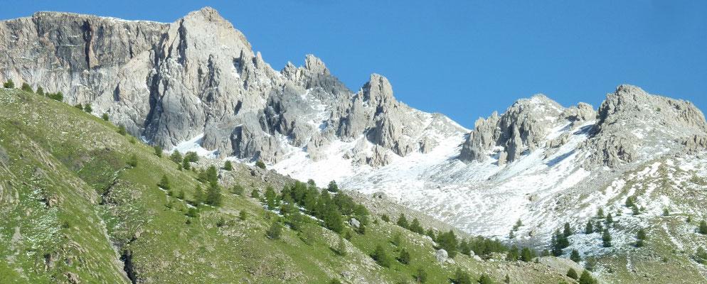 col de la Cayolle 2 326 m (AU BOUT DES PIEDS)