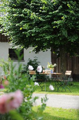 Sitzplatz im Innenhof