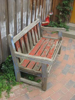Alternde Sitzbank