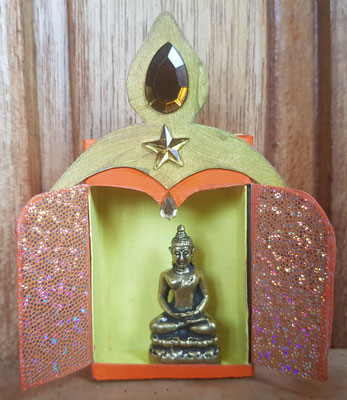 klein met Tibetaanse Buddha