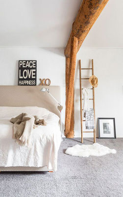 Peace, Love, Wood and Happyness con finitura naturale!