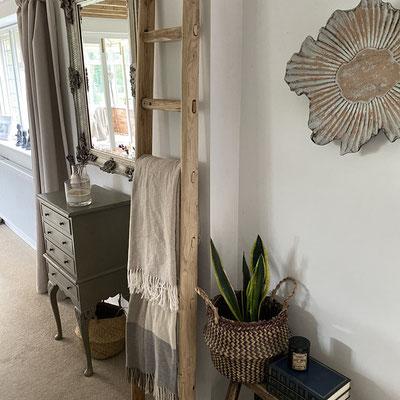Questa scala è un bellissimo particolare nel mio salotto! La qualità è eccellente 👏👏 JOANNA