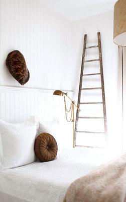 Una scala artigianale per decorare un angolo della casa in stile vintage & country style ...