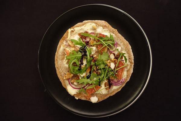 Mädchenvöllerei Pi mal Butter Food Blog Saarland Kochen Rezepte Cooking Cook rustikaler Flammkuchen Feigen Ziegenkäse