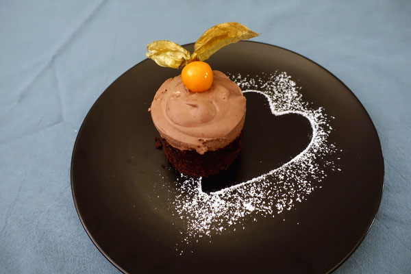 Pi mal Butter Mädchenvöllerei Saarland Rezept Food Blog Brownie Baileys Creme Törtchen