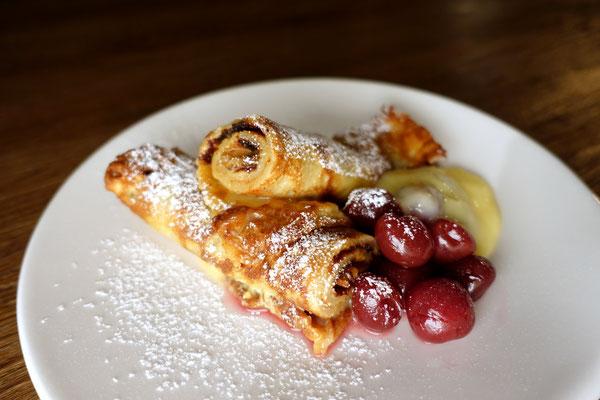 Vanille-Karamellcreme-Crepes Pfannkuchen Rezept Kirschen PI mal butter Saarland Mädchenvöllerei