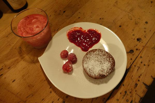 Mädchenvöllerei Pi mal Butter Food Blog Saarland Kochen Rezepte Cooking CookSchokoladensoufflé Himbeer-Limettencreme