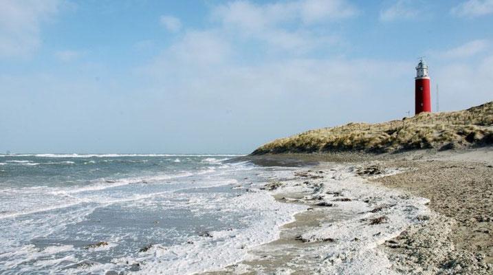 Beneeuwd strand