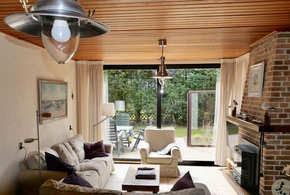 """Interieur van vakantiehuis """"Groenoord"""" op bungalowpark """"De Parel"""", Texel."""