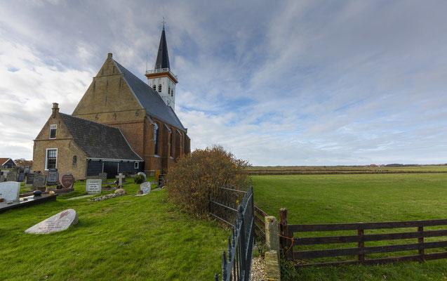 Het oude kerkje van het dorp Den Hoorn