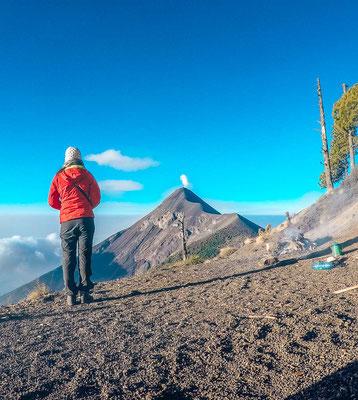Ausblick von der Campsite auf den Acatenango