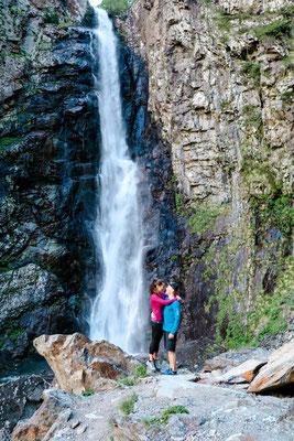 Stepanzminda Wanderungen Wasserfall Gveleti