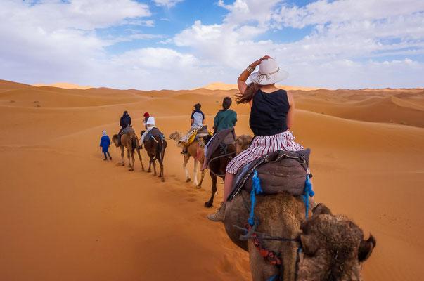 Kamelritt in die Wüste zum Firecamp in Merzouga