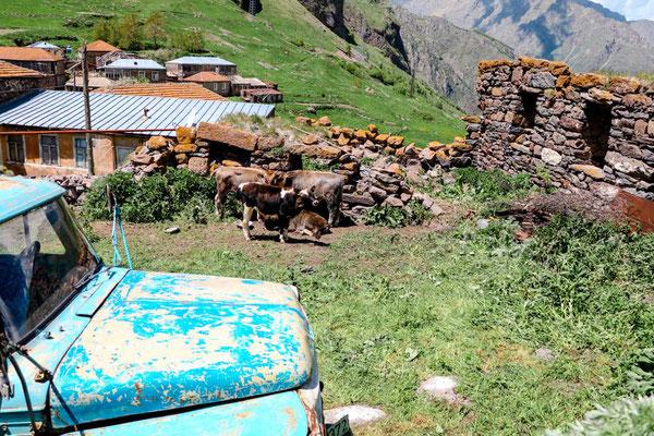 Wanderung Kaukasus Bergdorf Zdo