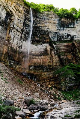 Sehenswuerdigkeiten Kutaisi Okatse Wasserfall