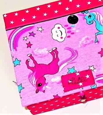 personalisierte Schatzkiste Einhornfreunde pink