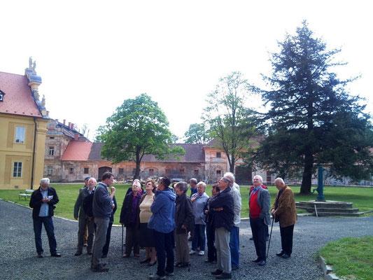 Informationen zu den Restaurierungsarbeiten mit Naturwerksteinen am Klostergebäude