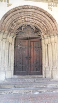 Rückwärtiges Portal aussen (baugleich wie Schottenkirche in Regensburg)