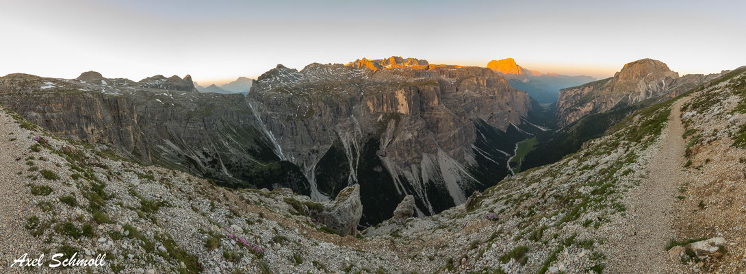 Alpenpanorama an der Puez-Schutzhütte