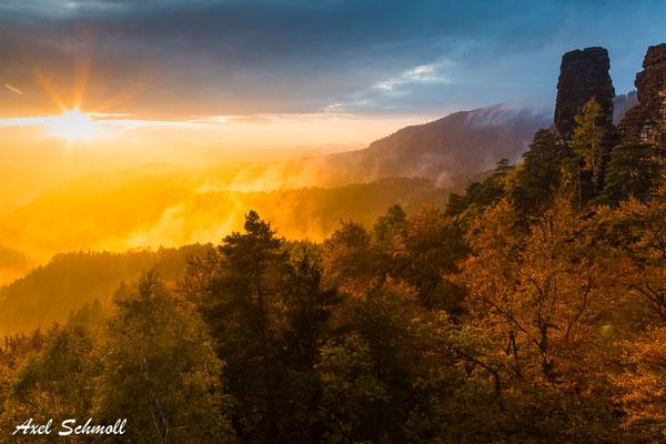 Brennender Nebel III