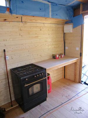 09/2009 - Création du plan de travail de la cuisine.