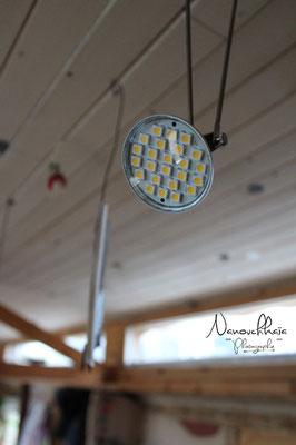 01/2012 - Rampe d'éclairage LED sur toute la longueur de la roulotte.