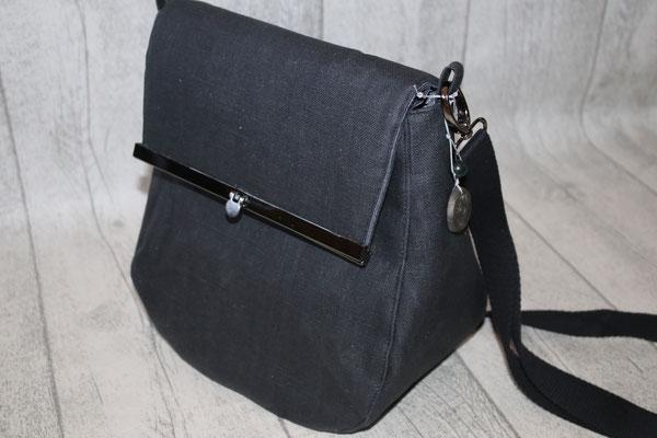 """KLEIN mit Taschen""""bügel"""" in schwarz-silber .. meine """"Test-Tasche"""" :) !!! besch. Leinen - schwarz"""